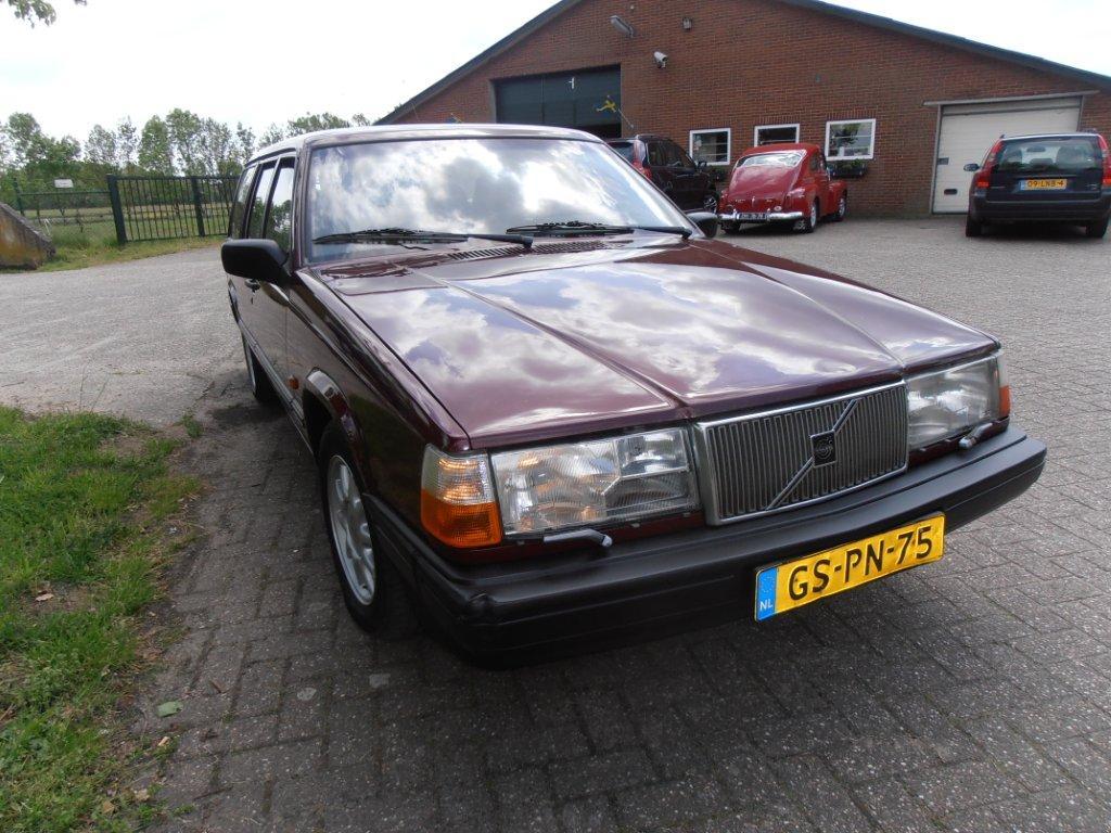 Volvo 945 Diesel VERKOCHT